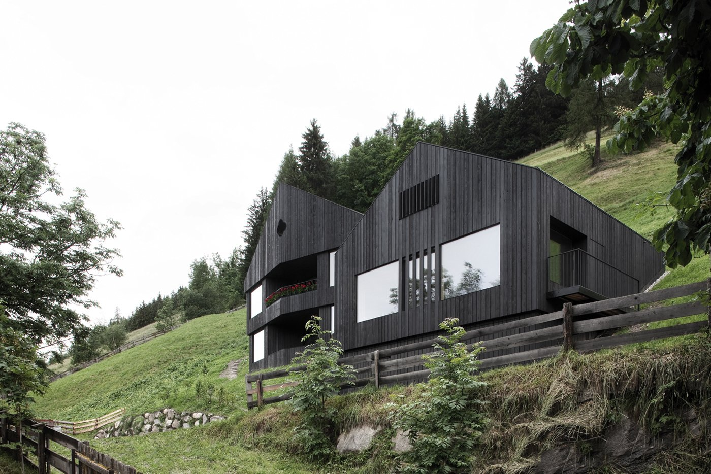 Photo 1 of 12 in Find Sanctuary in This Chalet in the Italian Alps from Architecture