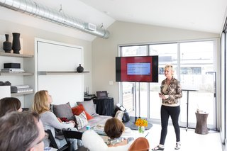 Sheri Gold hosts a CEU, whose topics covered cooking technologies, social media marketing, kitchen design, and findings from the Dwell Insights Group.