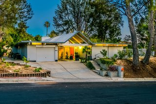With Only One Previous Set of Owners, a Pristine Eichler Home Asks $799K