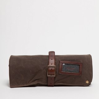 Moore & Giles Bar Rollup, $220