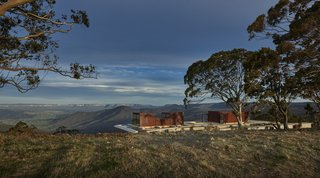 An Internationally Celebrated Home in the Australian Backcountry Asks $9M