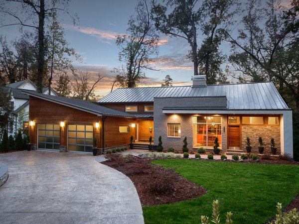 Move Into This Midcentury Modern Revival in North Carolina For $1.2M