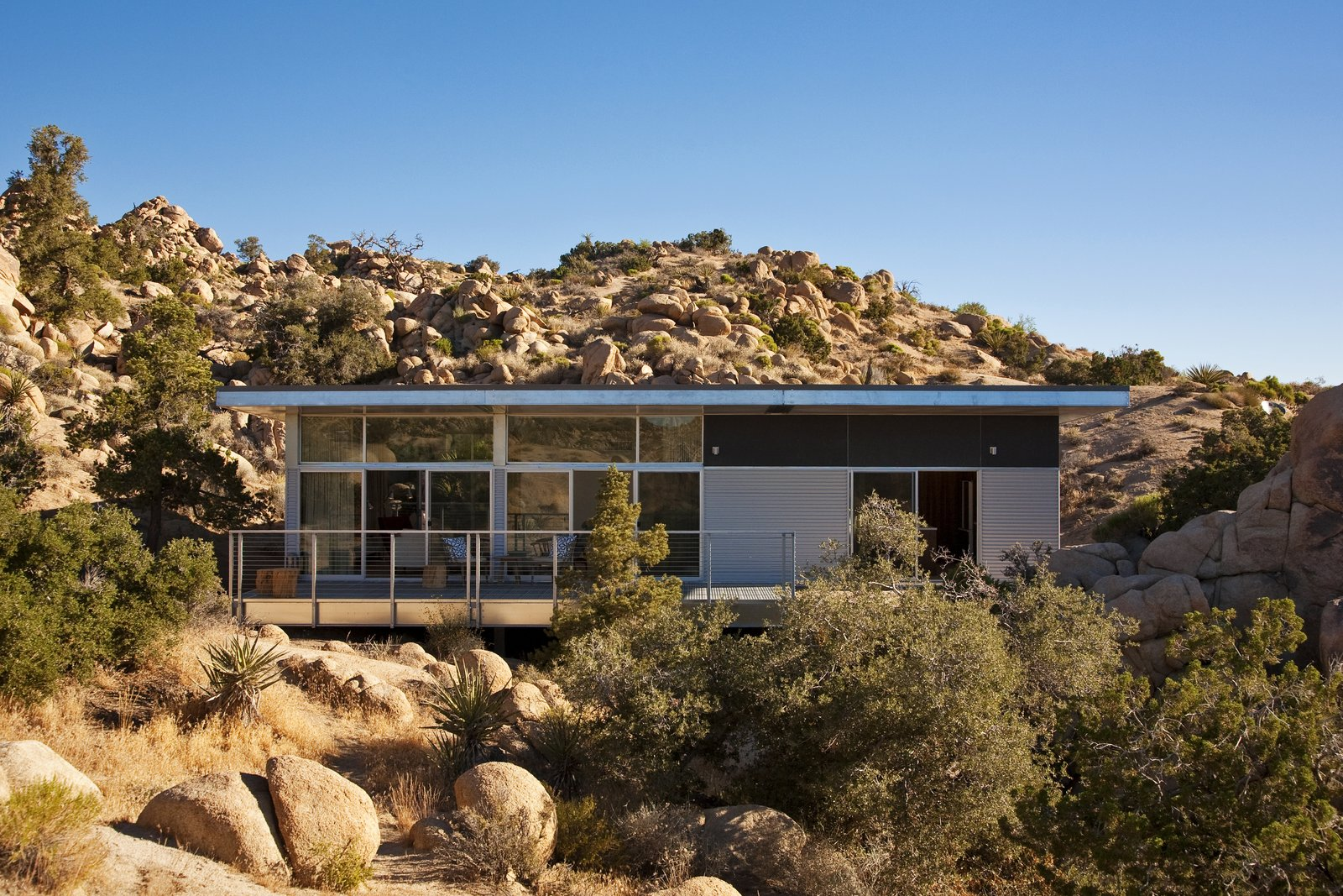 Beautiful Prefabs from Offered at $674K, This Hybrid Prefab Is in Tune With the Californian Desert