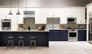 Signature Kitchen Suite's Modern Pavilion Shines at KBIS