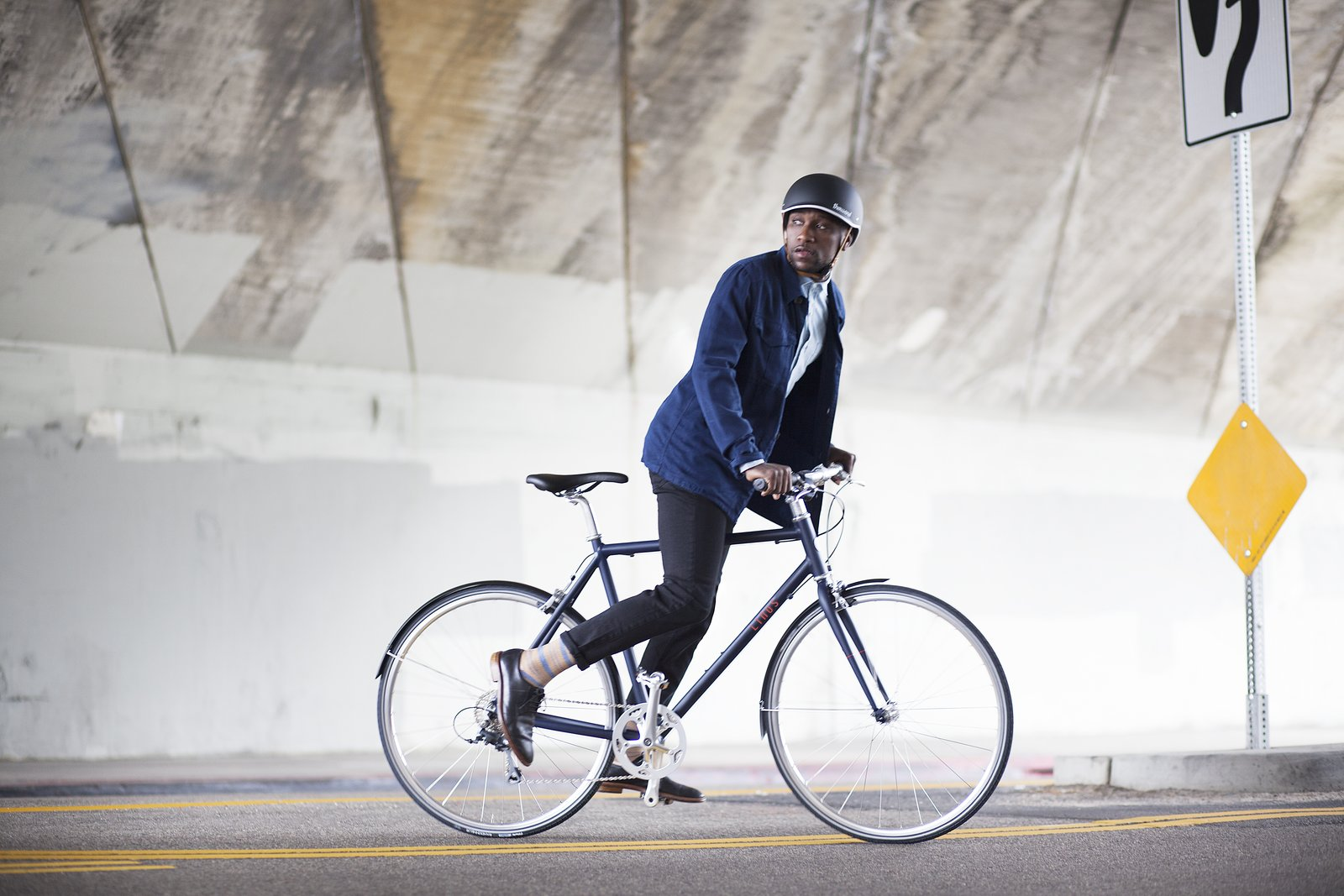 Safety first—the bike's Vittoria Randonneur tires feature a reflective sidewall that helps with visibility at night.  Photo 5 of 6 in Style, Speed, Substance: Reviewing Linus Bike's Newly Introduced Pronto