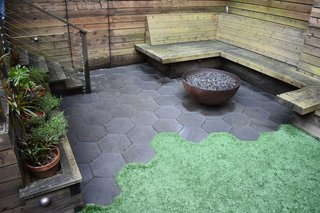 Superbe Hexagonal Pavers Glisten In A Drought Tolerant Garden, Creating A Stunning  Contrast Against The