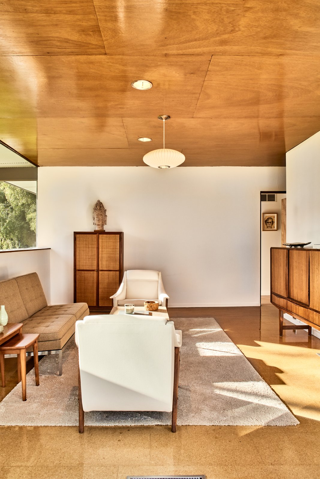 Photo 10 of 13 in The Stunningly Restored Hassrick Residence by Richard Neutra Hits the Market at $2.2M