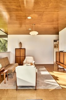The Stunningly Restored Hassrick Residence by Richard Neutra Hits the Market at $2.2M - Photo 9 of 12 -