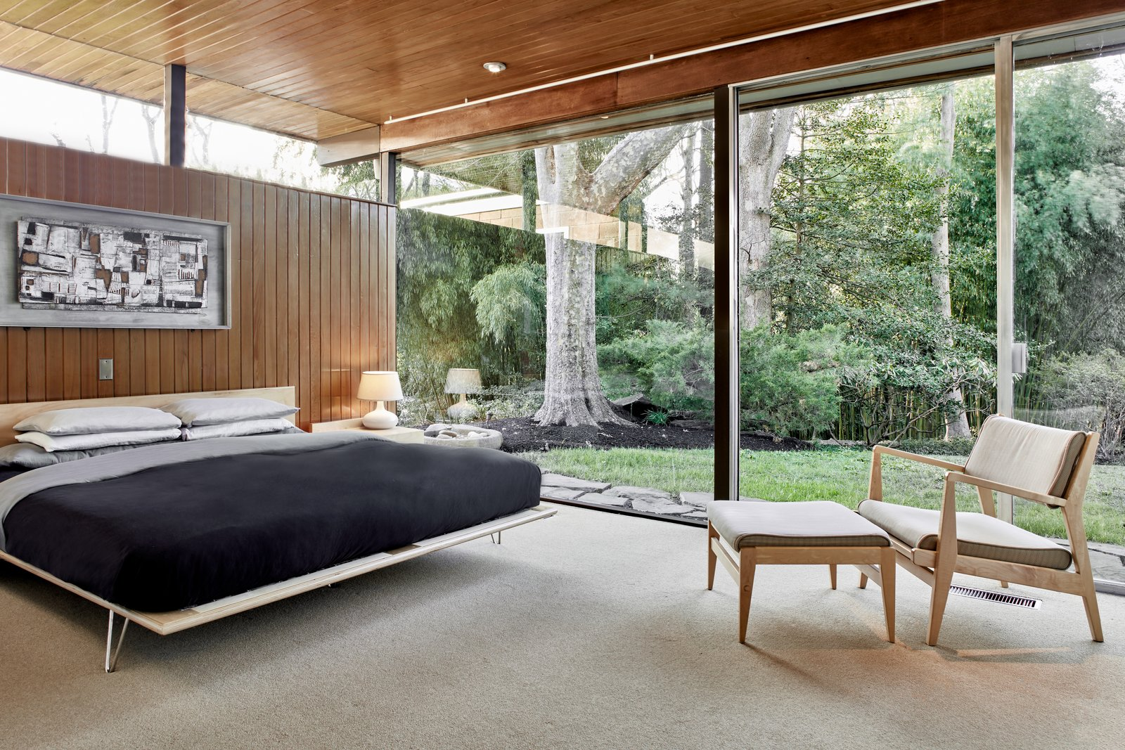 Bedroom, Bed, Carpet Floor, Chair, and Ceiling Lighting  Best Photos from The Stunningly Restored Hassrick Residence by Richard Neutra Hits the Market at $2.2M