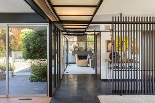 Offered at $899K, a Restored Midcentury Abode Shines in Southern California - Photo 2 of 13 -