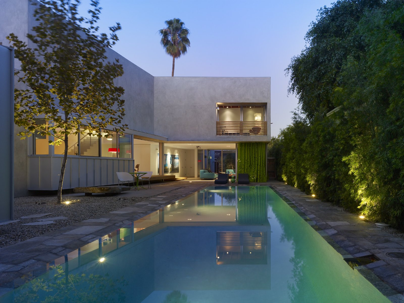 Outdoor, Large Pools, Tubs, Shower, and Salt Water Pools, Tubs, Shower  Photo 9 of 9 in Tobey Maguire Snatches Up Googleplex Architect Clive Wilkinson's Los Angeles Home For $3.4M