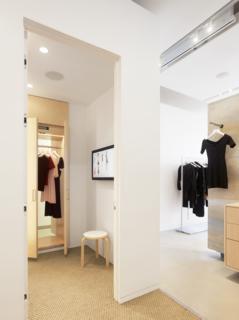 Bohlin Cywinski Jackson Designs a Tech-Forward Retail Experience For Reformation - Photo 5 of 6 -
