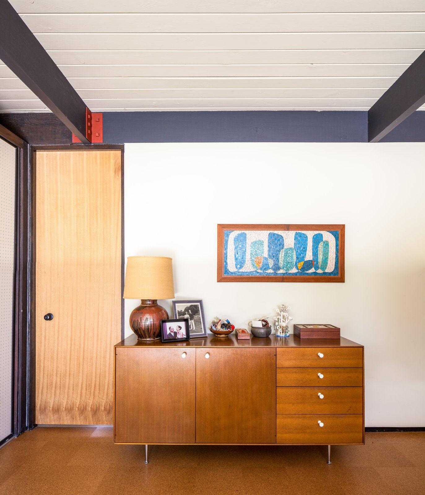Doors, Interior, and Swing Door Type  Photo 4 of 10 in A Stunningly Restored Midcentury by Case Study Architect Craig Ellwood Asks $800K in San Diego