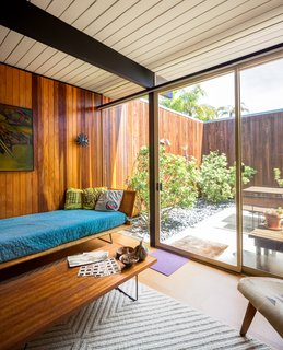 A Stunningly Restored Midcentury by Case Study Architect Craig Ellwood Asks $800K in San Diego - Photo 7 of 9 -