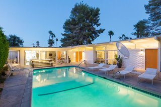 A Celebrated Palm Springs Hotel Asks $1.8M - Photo 10 of 11 -