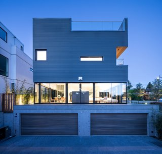 Wrapped in Galvanized Steel, 'Cube House' in Vancouver Asks $12.8M - Photo 10 of 11 -