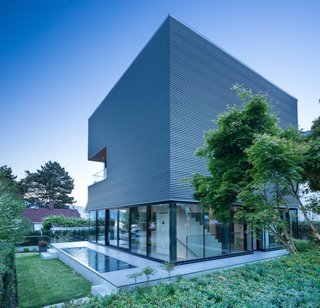 Wrapped in Galvanized Steel, 'Cube House' in Vancouver Asks $12.8M - Photo 5 of 11 -