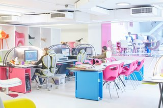 Where I Work: Karim Rashid - Photo 4 of 20 -