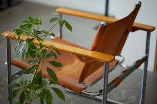 """A Visit To LA'S County Ltd. – """"T-shirts & Chairs"""""""