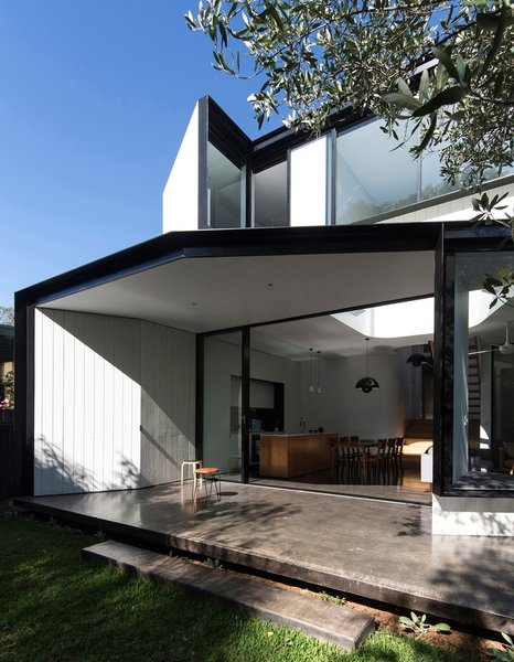 Unfurled House By Christopher Polly Architect - Photo 4 of 21 -