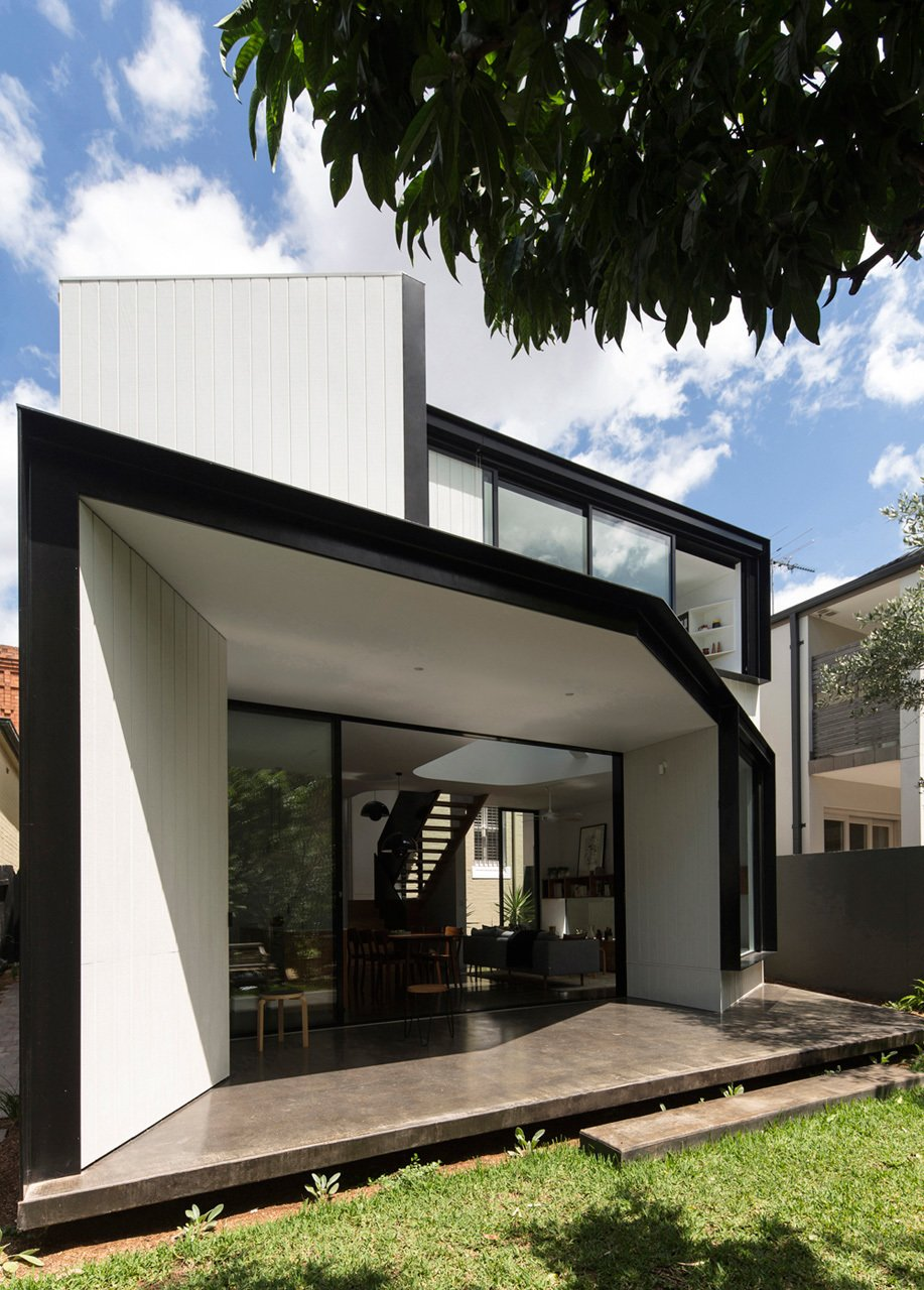 Photo 7 of 22 in Unfurled House By Christopher Polly Architect