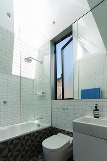 Unfurled House By Christopher Polly Architect - Photo 19 of 21 -