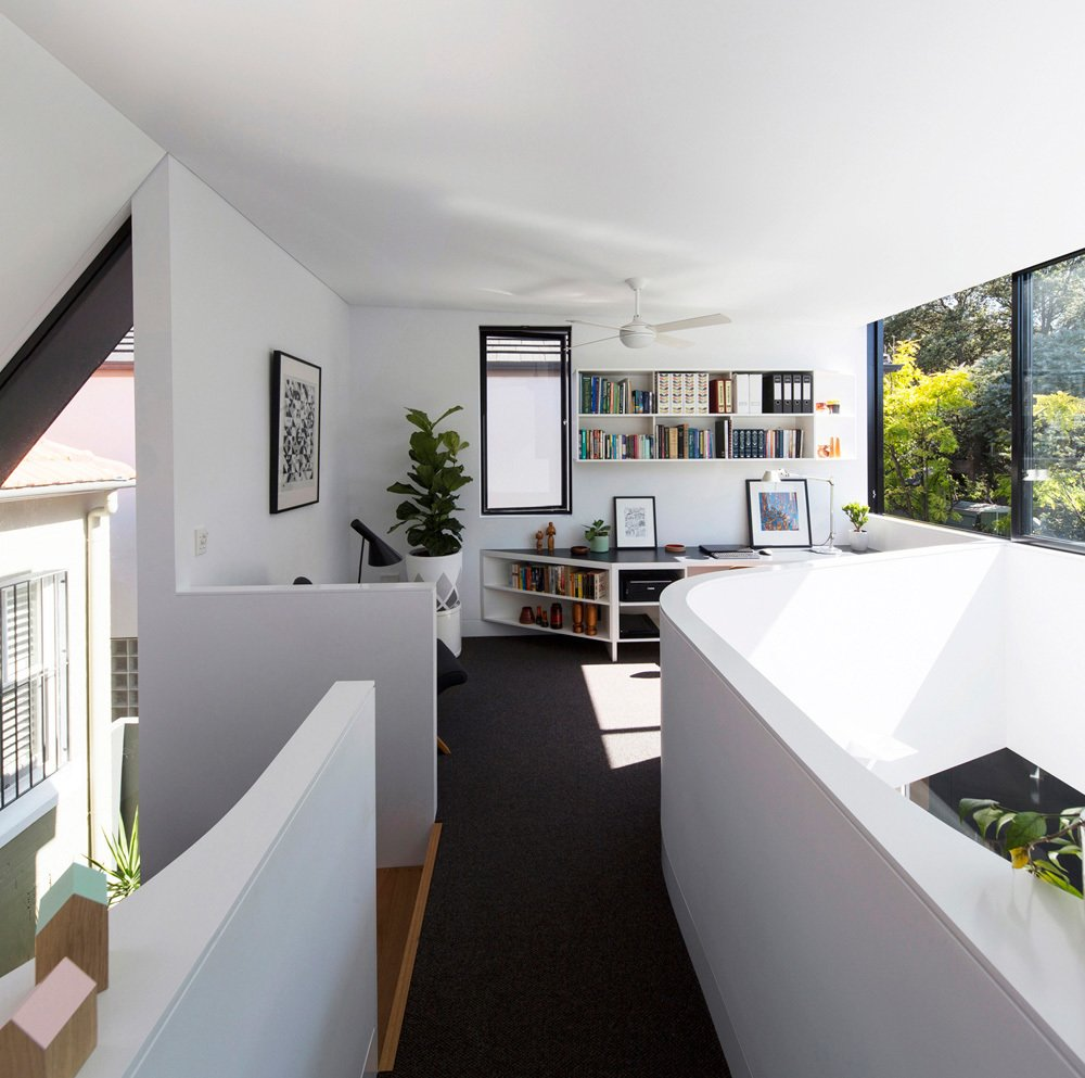 Photo 16 of 22 in Unfurled House By Christopher Polly Architect