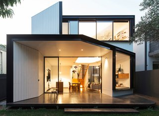 Unfurled House By Christopher Polly Architect - Photo 1 of 21 -