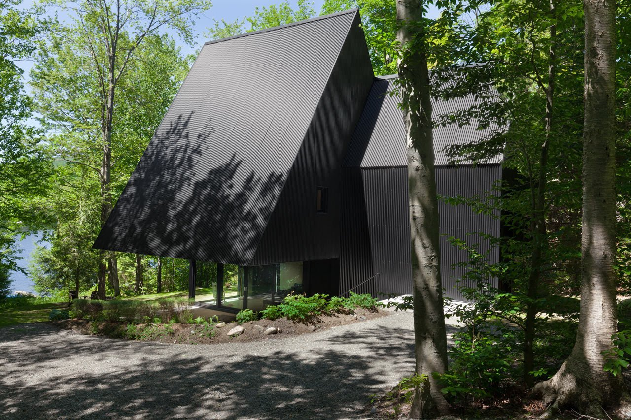 Photo 3 of 23 in FAHouse: A Double Triangular House in the Forest