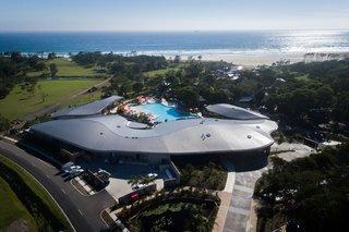 An Eco-Friendly Resort in Idyllic Byron Bay, Australia - Photo 8 of 10 -