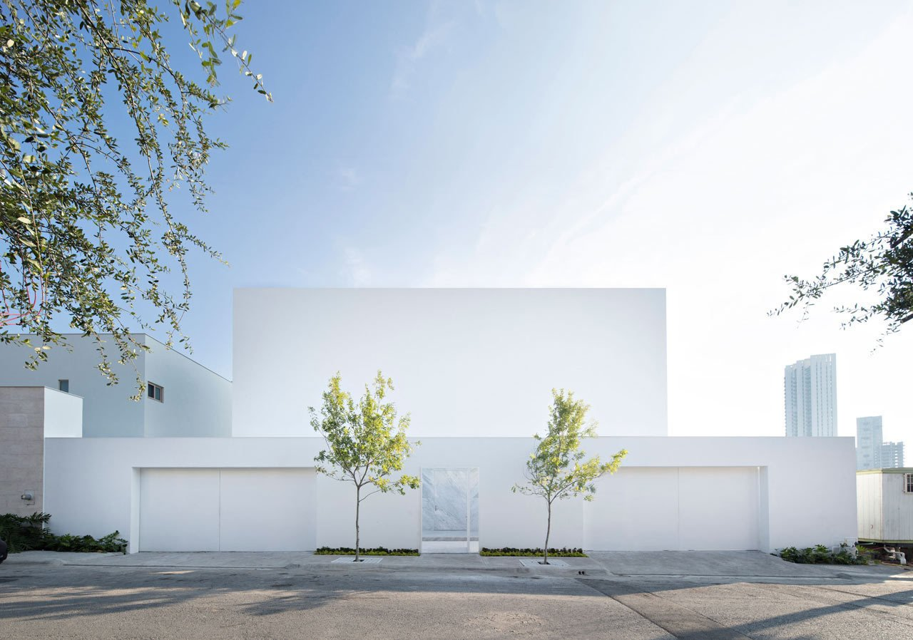 Photo 1 of 23 in Domus Aurea: A Modern, Mexican Residence with Mountain Views