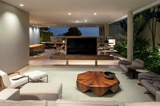 A Modern Beachfront House in São Sebastião, Brazil - Photo 6 of 14 -