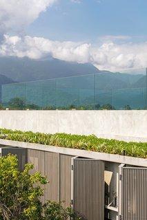 A Modern Beachfront House in São Sebastião, Brazil - Photo 13 of 14 -