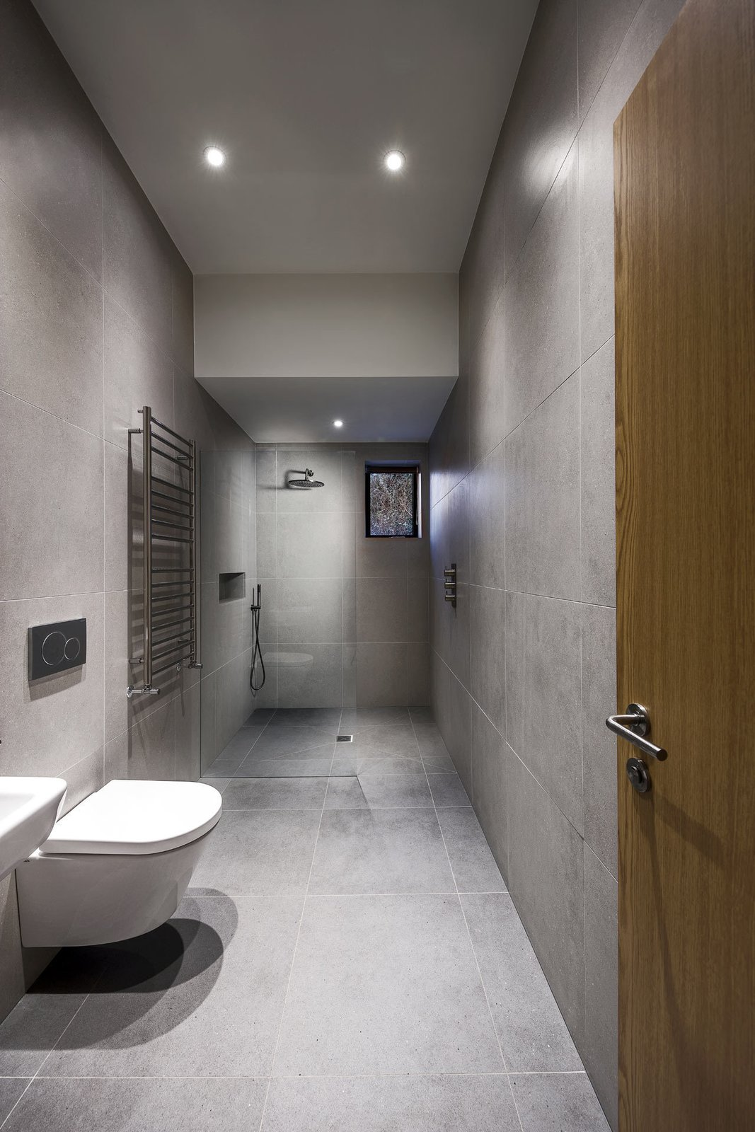 Bath Room, Open Shower, and One Piece Toilet  Photo 17 of 19 in A Modern Holiday Home on a Cliff on the South Coast
