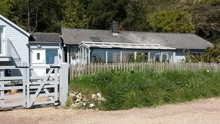 A Modern Holiday Home on a Cliff on the South Coast - Photo 18 of 18 -
