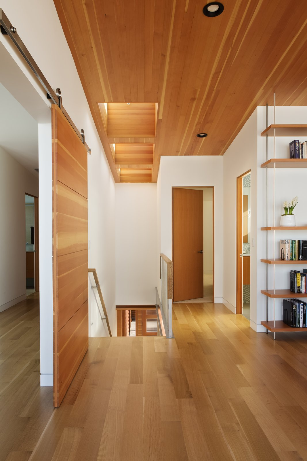 Loft  Roads End Beach House by Giulietti / Schouten AIA Architects