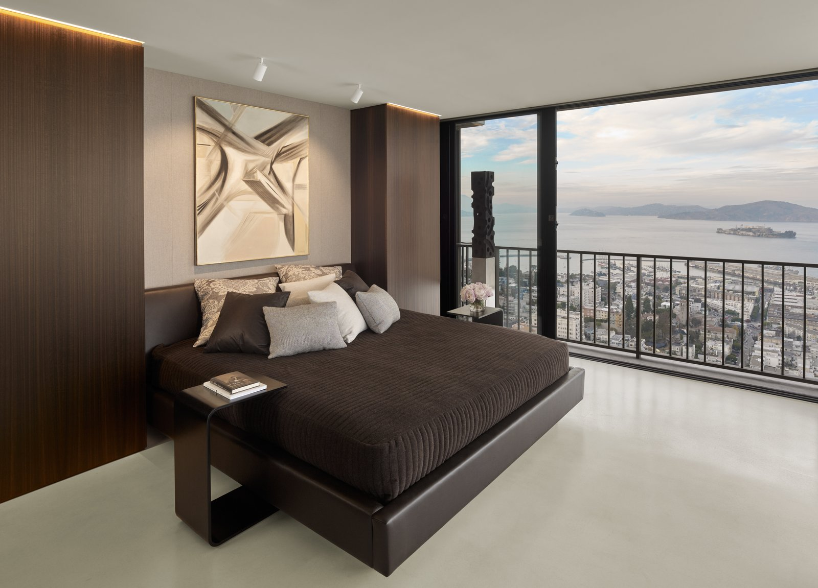 Midcentury Minimal Studio by Knock Architecture + Design