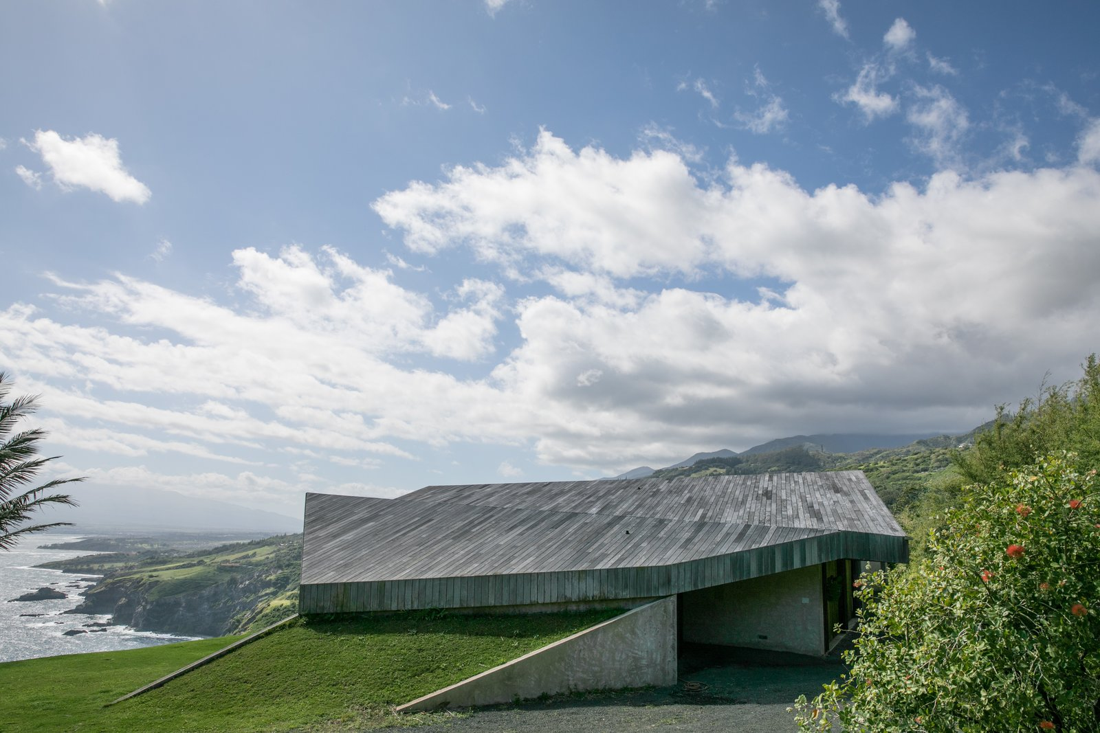 Outdoor and Rooftop  Photos from The Clifftop House