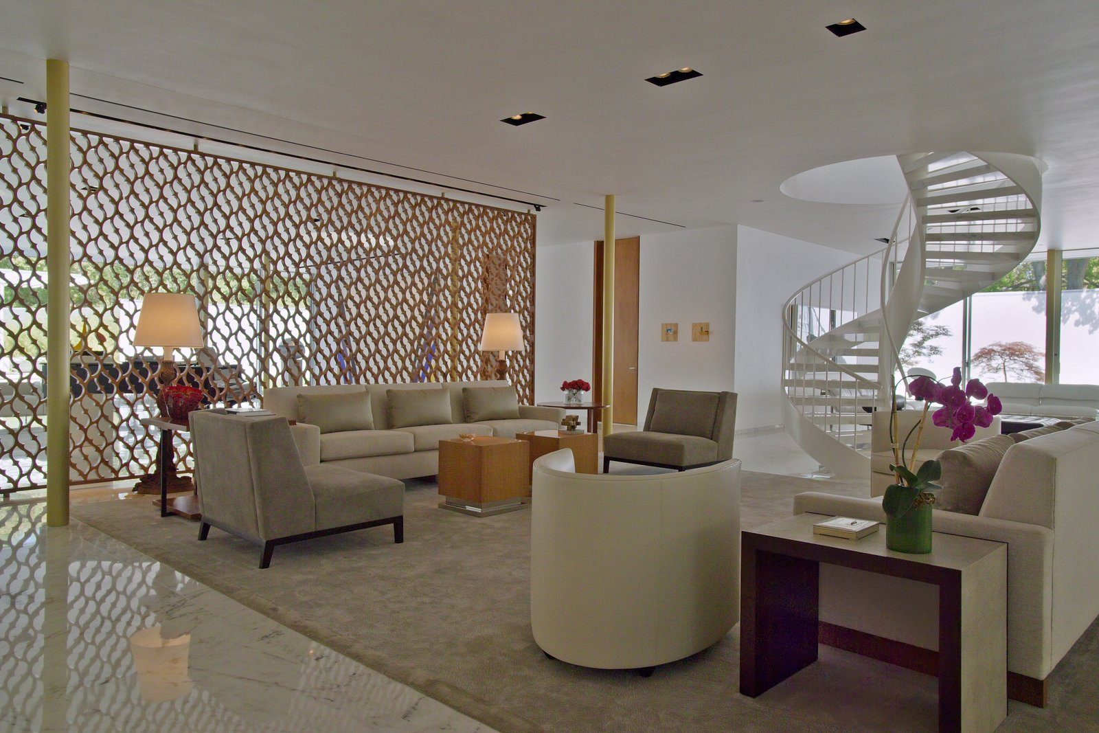 Living Room, Chair, Sofa, Console Tables, Ceiling Lighting, Recessed Lighting, End Tables, and Coffee Tables  Oak Court by buchanan architecture