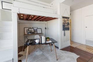 Designer Douglas Loft For Sale - Photo 4 of 6 -