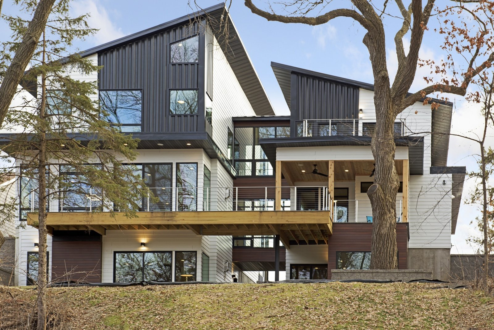 """Minneapolis Modern """"Dream Home"""" Built by Sustainable 9 Design + Build"""