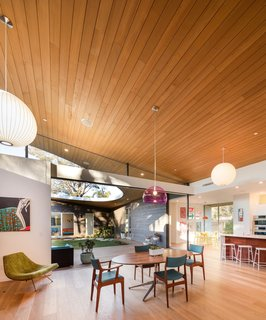 Top 5 Homes That Use Wood in Interesting Ways - Photo 1 of 5 -