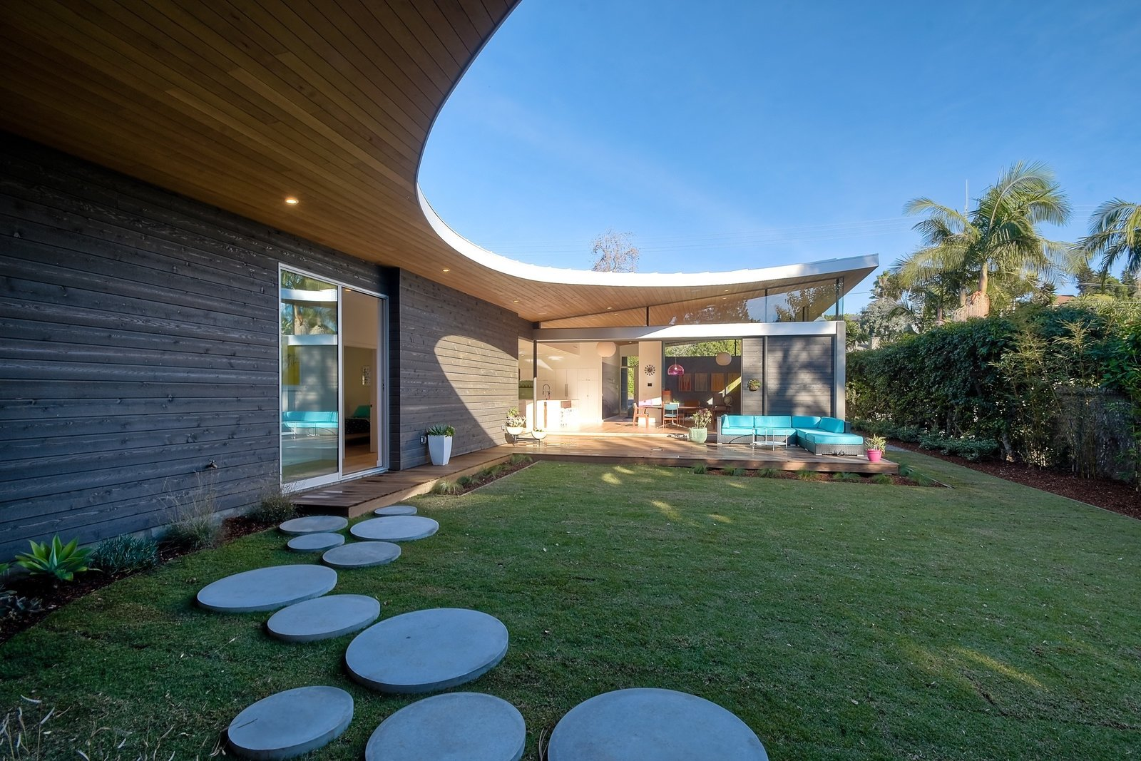 Avocado Acres House by Surfside Projects