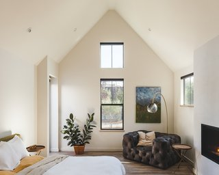 Top 5 Homes of the Week With Cozy Bedrooms - Photo 3 of 5 -