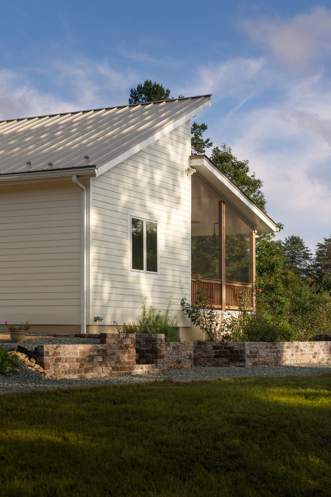 Net-Zero Prefab Home by Deltec Homes
