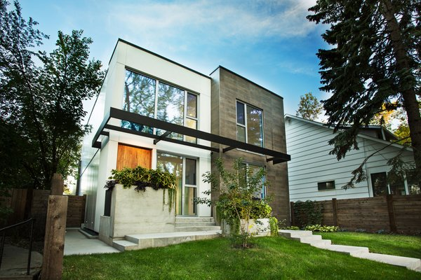 Slim Is in For These 10 Skinny Homes - Photo 10 of 10 -