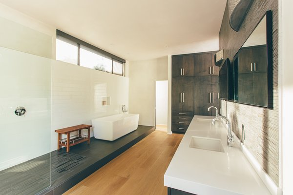 Bath Room, Engineered Quartz Counter, Undermount Sink, Medium Hardwood Floor, Freestanding Tub, Corner Shower, Open Shower, and Soaking Tub  Crestline