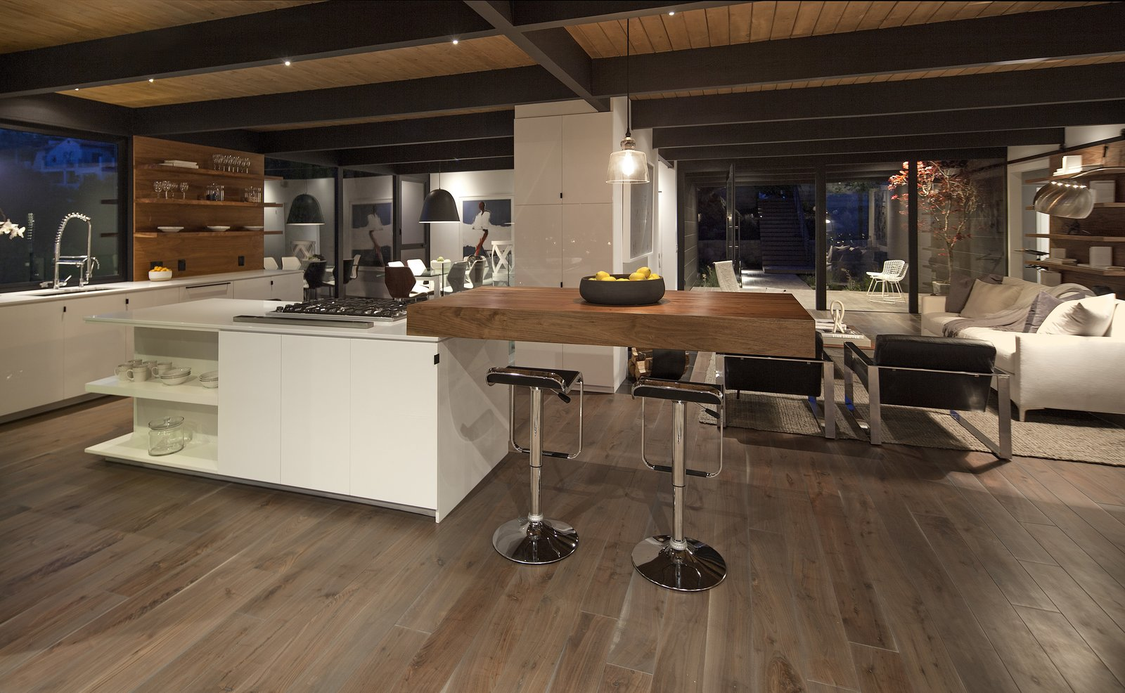 Kitchen, Engineered Quartz Counter, Recessed Lighting, and Medium Hardwood Floor  Paseo Ferrelo