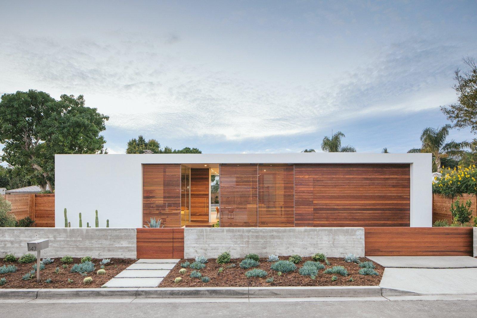 Minimalist Urban Residence