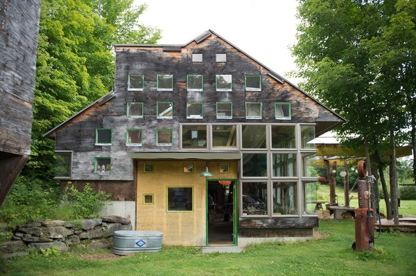 """Instead of building to preexisting designs and plans, the """"Father of the Design-Build Movement"""" and his disciples designed as they built  Photo 5 of 11 in Architecture Improv"""